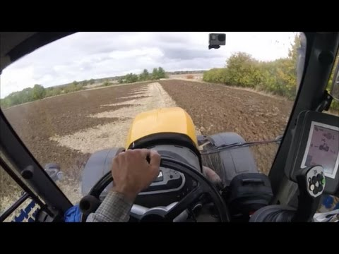 How to Plough a headland with a JCB Fastrac 8250