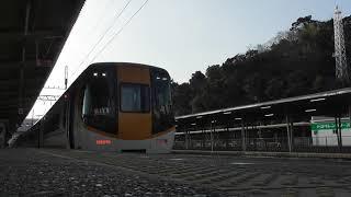 近鉄22000系新塗装とJR東海キハ25