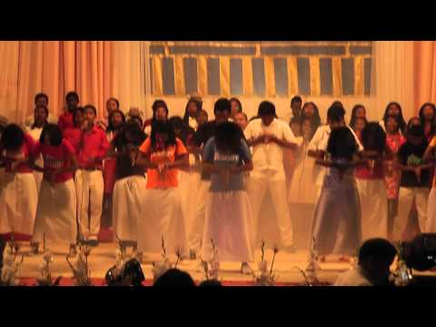 Lion'i Joda - Krismasy Mahagaga 2014 - HVKL MISSION