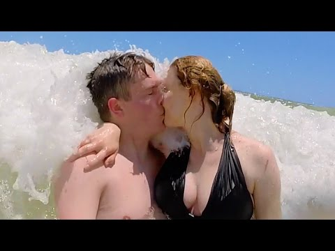 KISSING IN THE GULF OF MEXICO!!