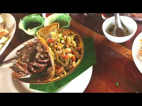 Krabi HALAL FOOD trip and Night market!!
