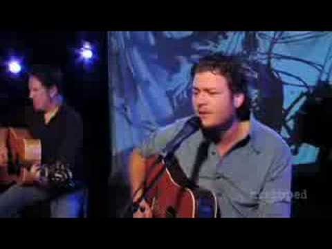 Blake Shelton - Don't Make Me (Stripped)