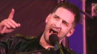 Jon B Performs