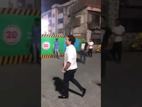 Sachin tendulkar playing cricket with hotel staff in Mumbai during IPL