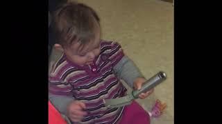 Früh übt sich die Baby-Intubation!