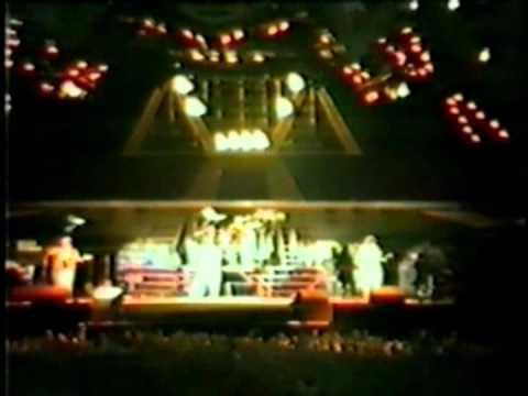 Queen-Radio Ga Ga Live In Newcastle 1986