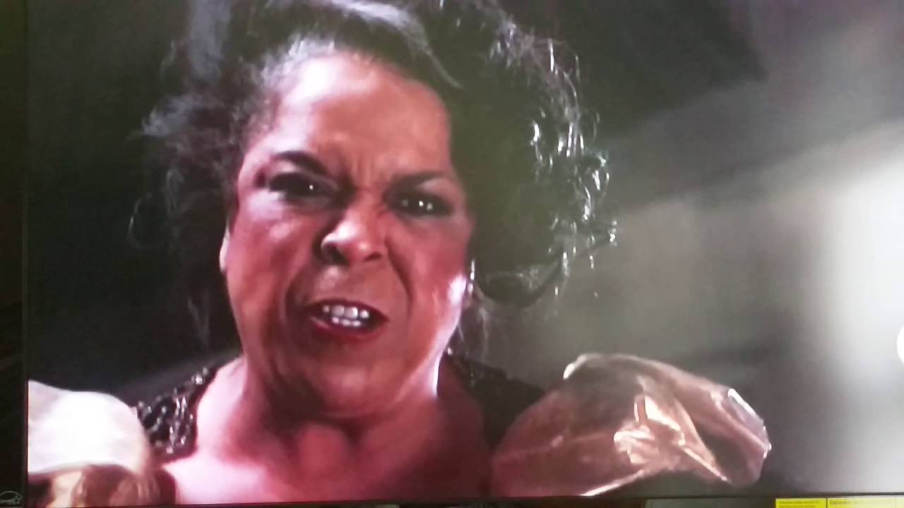 Harlem Nights - Della Reese and Eddie Murphy fight - YouTube