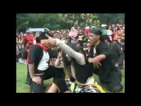 T.S.K_'korbane wong tuwo