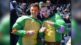 John Oliver sends Ninja Turtles to Yankees game