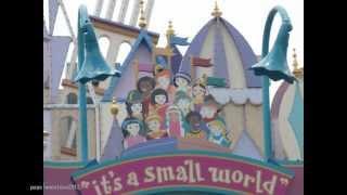 Repeat youtube video It's a small world, Hong Kong Disneyland. 香港迪士尼樂園的小小世界.