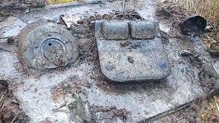 Нашли разбитый танк T-34 в болоте.  / broken tank T-34 in the swamp WW2