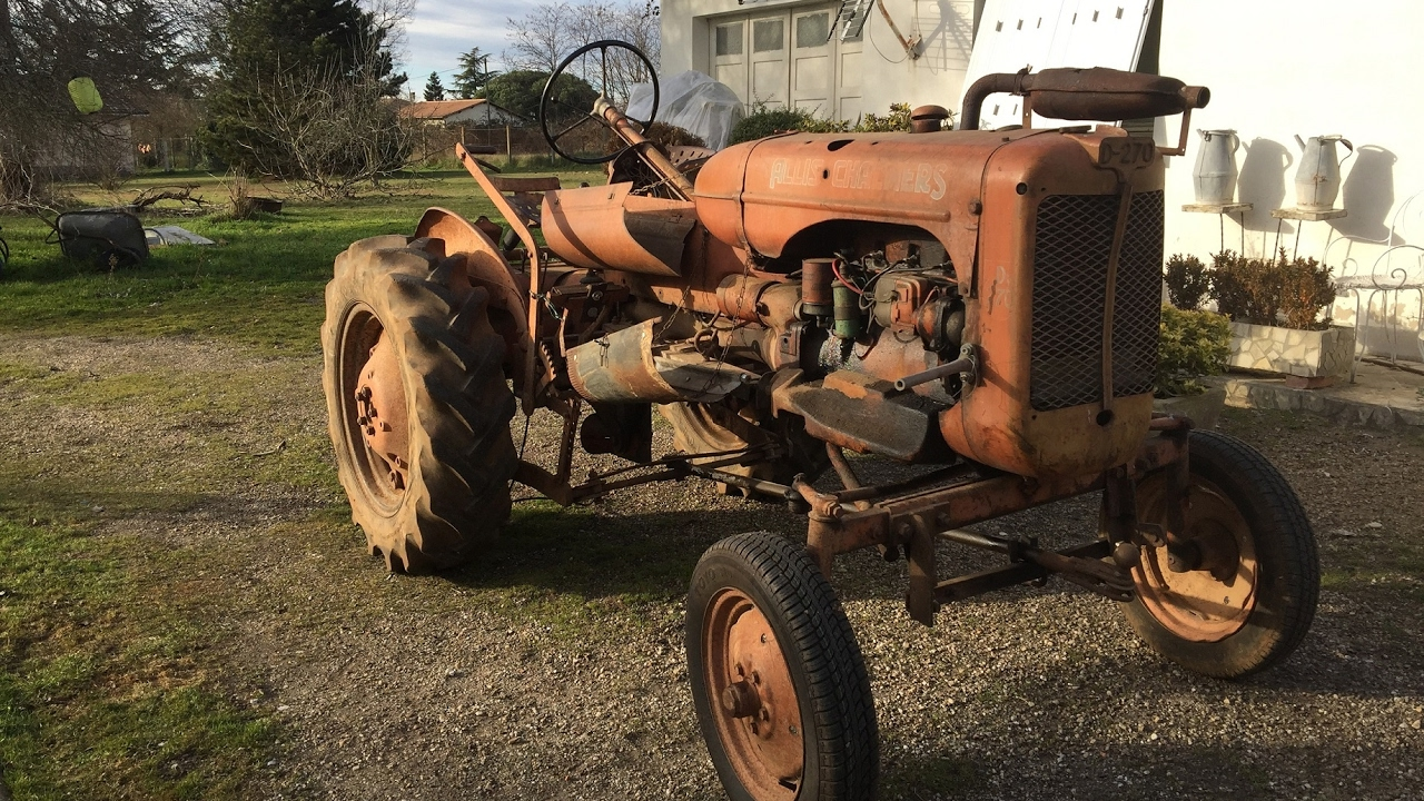 d marrage tracteur ancien allis chalmers d270 old agricultural farm tractor youtube. Black Bedroom Furniture Sets. Home Design Ideas