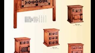 Diversos muebles de dormitorio de estilo rustico