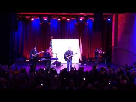 Jon Bon Jovi campaigns for Phil Murphy with mini-concert