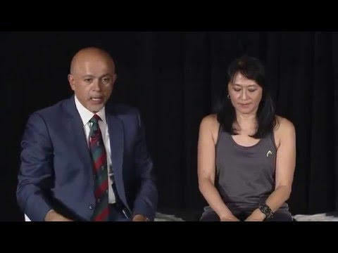 Demonstration of Teaching the Reflex Exam by Dr. Abraham Verghese (Stanford 25 Skills Symposium)