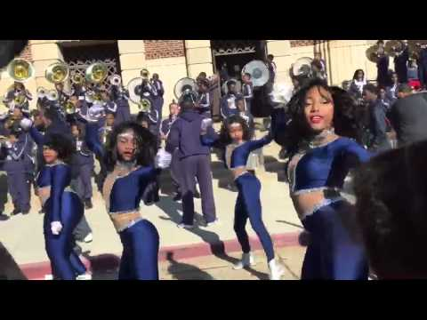 Huntington High School Marching Band Vibe | Shreveport MLK Parade 2016