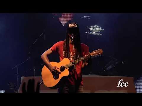 E.SY KENNENGA en live au foyal mizik show 2017 (Martinique)