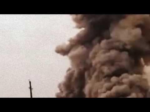 Офигенный взрыв в Чикаго. Круто, гриб как будто ядерная бомба взорвалась