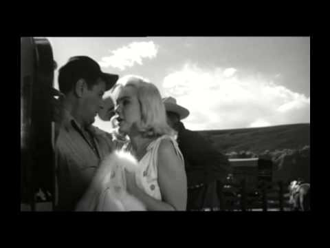 Marilyn Monroe And Ralph Roberts In A Scene Together In THE MISFITS