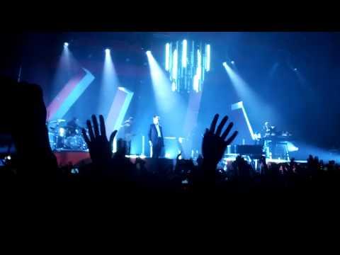 Hurts - Wonderful life(live @November 23,...