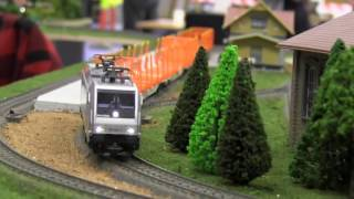 HO scale Model trains in action from  Exhibition Norway 2017 model trains on railroads/railways