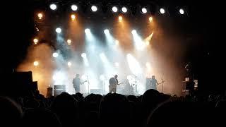 Pixies - Long Rider + U-Mass (Live at Forum Karlín, Prague)