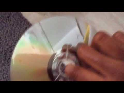 How to clean a Xbox 360 Scratched disc with soap and water