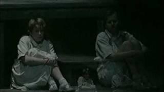 Humperdinck : Hansel & Gretel -Evening prayer - WNO 1998, Kitchen, Drumm
