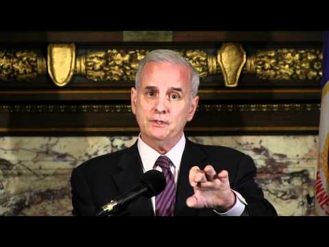 Governor Dayton Stands Up for Minnesota