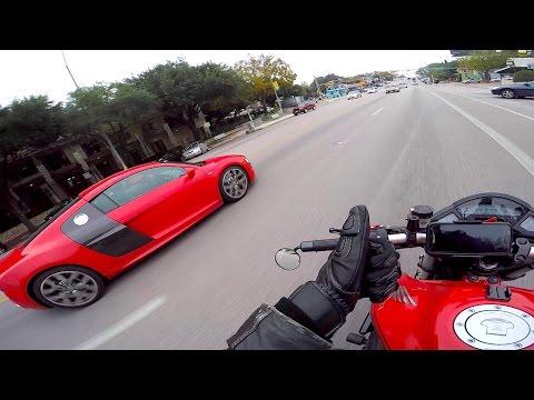 Audi R8 Matches My Sport Bike and I Almost Drop My Bike!