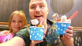 Едем в ЯПОНИЮ !! Николь и Алиса в Большом Магазине Хелоу Китти Hello Kitty Кушаем СУПЕР Мороженое