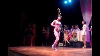 La bailarina con body painting