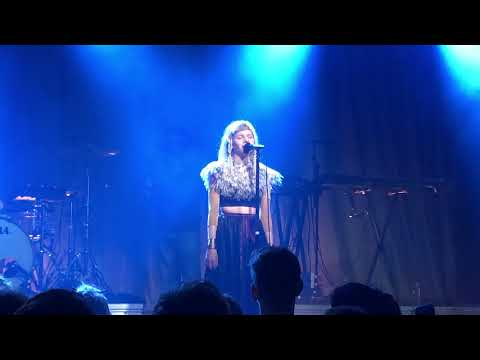 Aurora - Nature Boy (acapella) - Melkweg-Amsterdam-The Netherlands 2018-02-28
