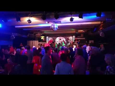 Dum Doobie Doobie band - záznam koncertu 27.2.2019
