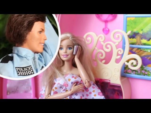 bajka Woń robi masaż u Barbie w domu Masza na wakacjach
