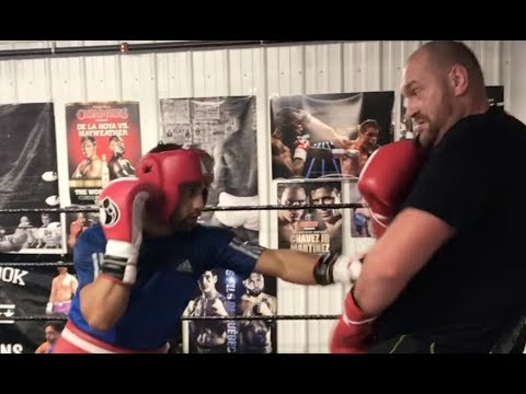 TYSON FURY v KID GALAHAD - WHEN HEAVYWEIGHT SPARS A FEATHERWEIGHT (SPARRING FOOTAGE IN CANADA)