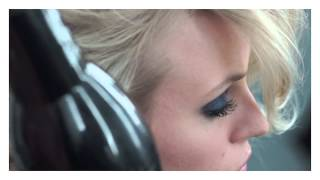 Les coulisses du shooting Denim Eye Palette Thumbnail