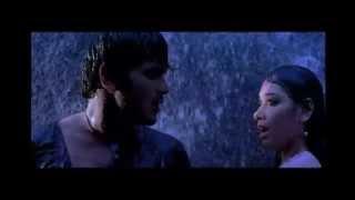 Repeat youtube video Tamanna boob pressed in rain