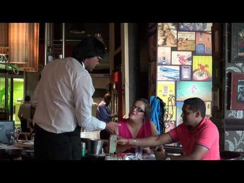 MalJan taunts customers with bad service