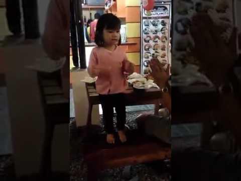 Chen is Dancing!!!