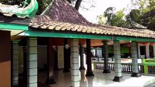 Makam Ki Ageng Tarub Tawangharjo Grobogan Purwodadi Jawa Tengah - Makam Joko Tarub