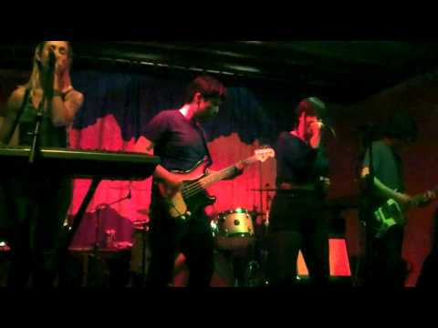 Feral Kizzy - HELIOGRAPH - LIVE at The Waypost (Portland, OR)