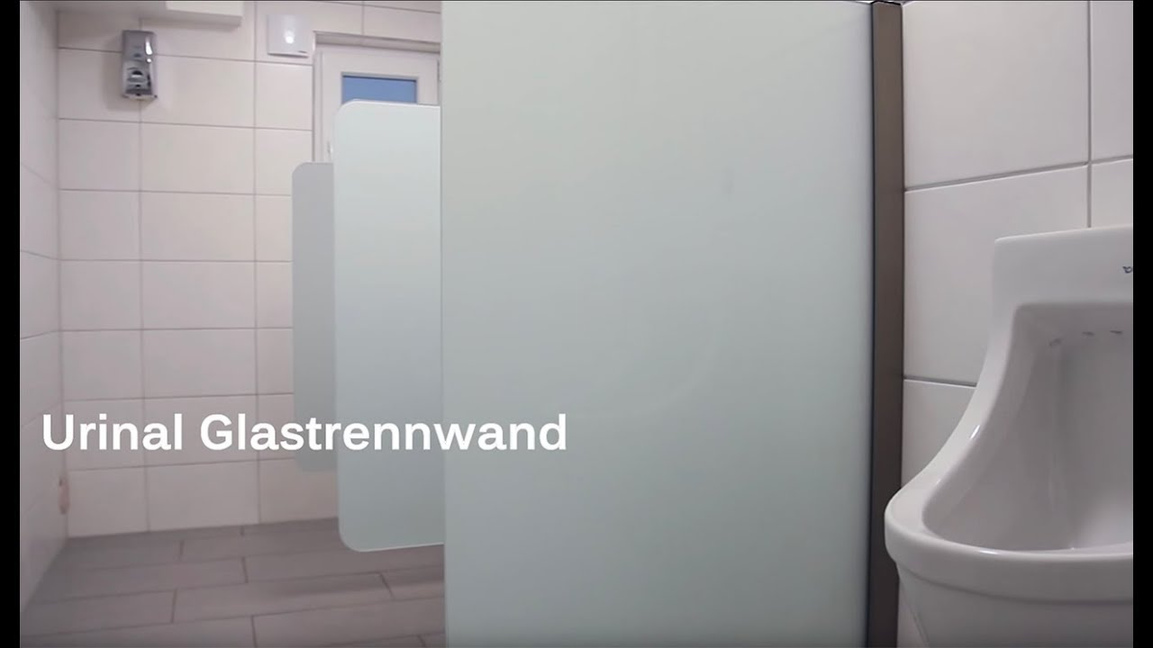 Urinal Trennwand aus Glas sorgt für Sichtschutz bei Herren