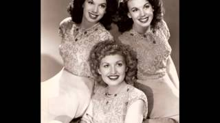 The Dinning Sisters  - Turn Your Radio On (c.1942).