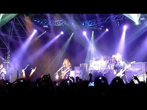 Trust/In My Darkest Hour - Megadeth - 03/04/2011 @ Rome