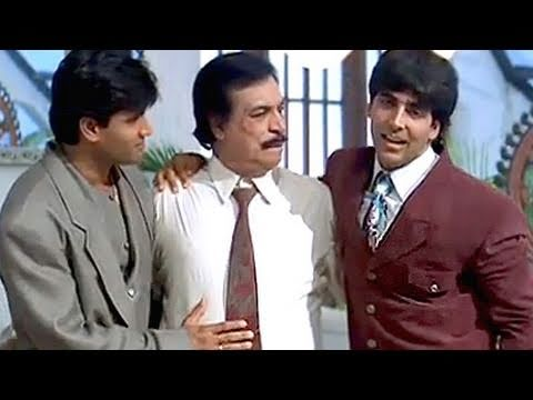 Happy family of Akshay Kumar and Sunil Shetty  Sapoot Scene