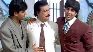 Happy family of Akshay Kumar and Sunil Shetty - Sapoot Scene