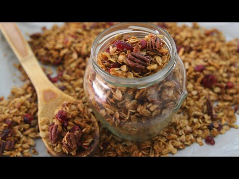 Easy And Healthy Homemade Granola Recipe