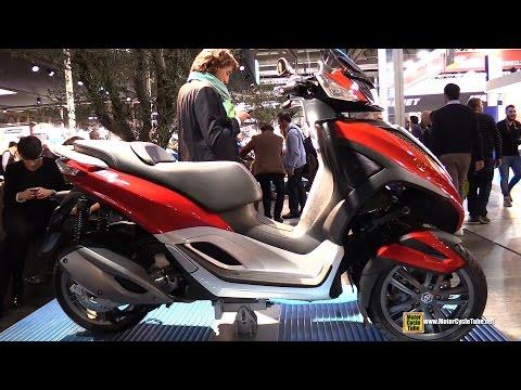 2015 Piaggio MP3 Yourban 300 Scooter - Walkaround - 2014 EICMA Milano Motocycle Exhibition