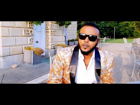 AHMED ZAKI  - Official Video CASHAR